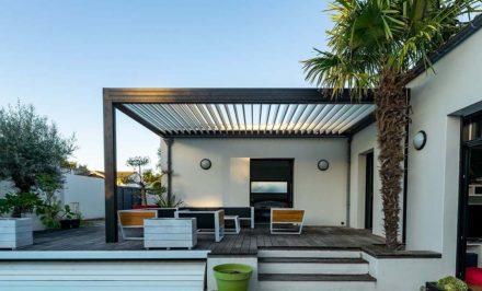 terrasse avec pergola bioclimatique
