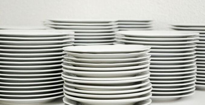 Du plâtre céramique pour de la vaisselle et des moules